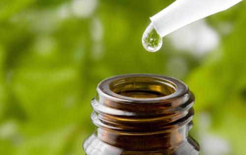 aceite-arbol-te-usos-cosmeticos